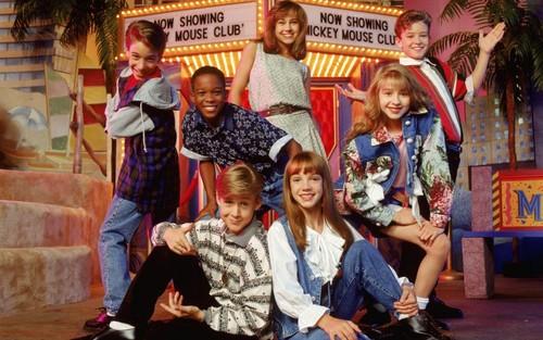 """¿Qué edad tienen las """"chicas"""" Disney? Así es cómo han cambiado..."""