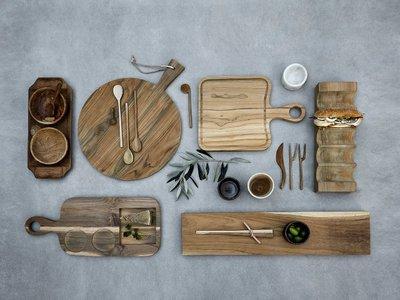 Engalana tu mesa con estos platos brush llenos de esnobismo y pura materia prima
