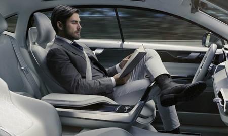 IIHS dice que la conducción autónoma aún no está lista