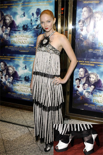 Lily Cole en la premiere del Imaginario del Dr. Parnaso en Londres