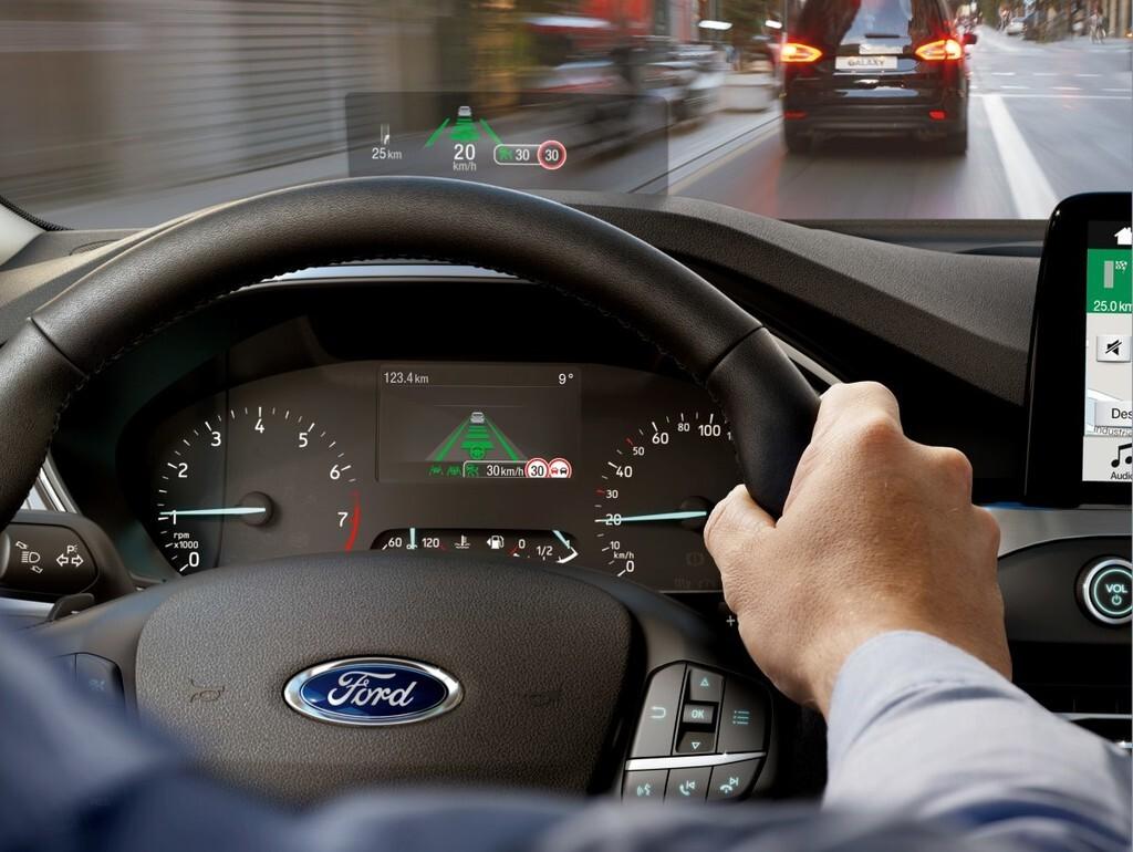 La DGT se une a un gran proyecto de coche conectado, con intercambio de todo tipo de datos