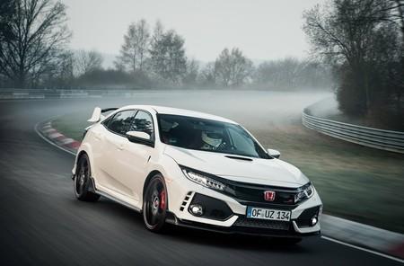 Honda Civic Type R 2017 se convierte en el auto de tracción delantera más rápido en Nürburgring