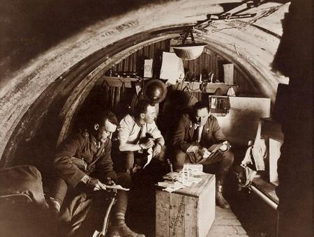 La Vida Dentro Del Bunker