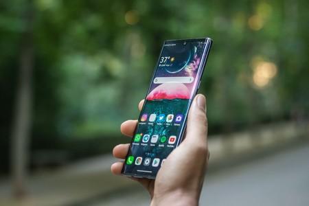 Velvet UI, la capa del LG Velvet, llega ya al LG V50 ThinQ y tiene previsto aterrizar en otros cinco móviles