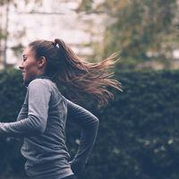 Siete buenos hábitos que te harán vivir más años (y la ciencia sabe exactamente cuántos)