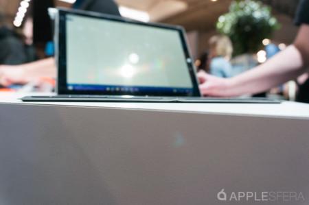Foldable Keyboard Microsoft Mwc15 Applesfera 10