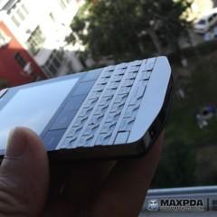 Foto 17 de 39 de la galería blackberry-bold-9980-knight-nueva-serie-limitada-de-blackberry-de-gama-alta en Xataka Móvil