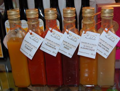 Libeluile, vinagres de pulpa de fruta natural