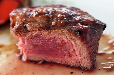 Ácido úrico: qué es y cómo prevenir su exceso con las comidas