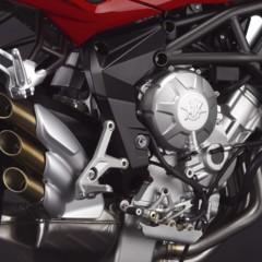 Foto 26 de 27 de la galería mv-agusta-brutale-675-desvelada-en-el-eicma-2012 en Motorpasion Moto