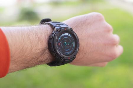 Smartwatch Xiaomi Amazfit T-Rex: autonomía bestial, GPS y ultra resistencia por 95 euros
