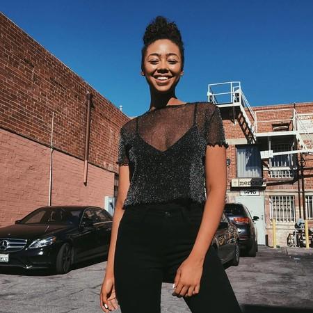 Como Combinar Una Camiseta Negra Transparente