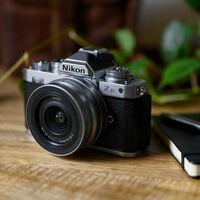 """""""La Nikon Z fc ha sido nuestro primer éxito en mucho tiempo"""" (dice un directivo de la empresa nipona)"""