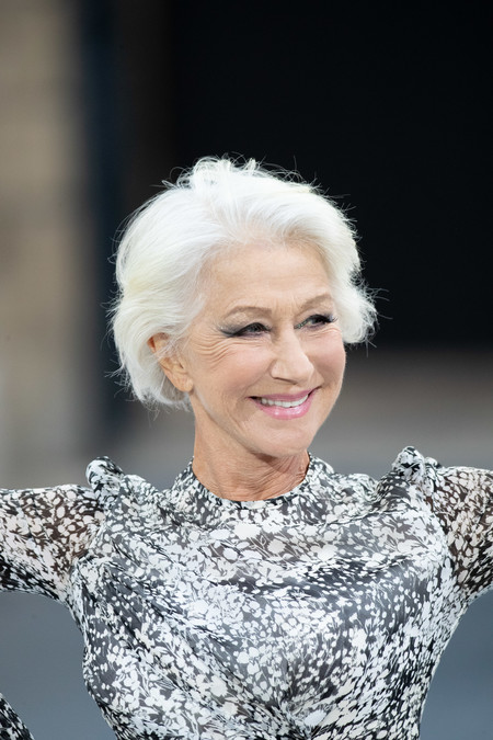 Helen Mirren Defile Runway Beauty 100 Dmi 4 5 Na No Cta
