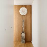 Tendencia en puertas de armario; puertas a techo y el diseño más mínimo en tiradores y otras decoraciones