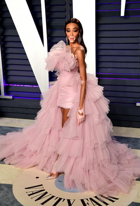 looks en rosa oscars 2019