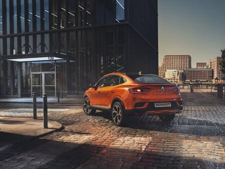 Nuevo Renault Arkana: el primer SUV coupé de Renault aterriza en Europa a precio de CUPRA Formentor