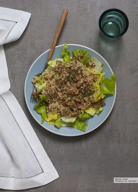 Ensalada de nabo, quinoa y semillas de sésamo tostado: receta de ensalada para cuidarse antes de las fechas navideñas