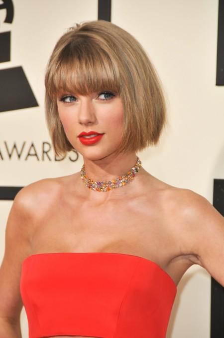 El nuevo look de Taylor Swift a debate