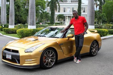 "Usain Bolt recibe su Nissan GT-R ""Spec Bolt"""
