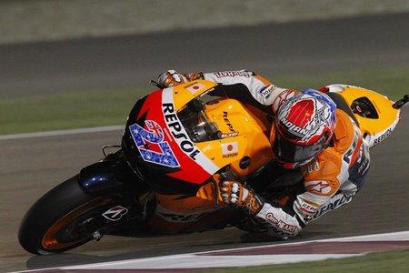 MotoGP Qatar 2011: Casey Stoner, Stefan Bradl y Nico Terol lideran los libres