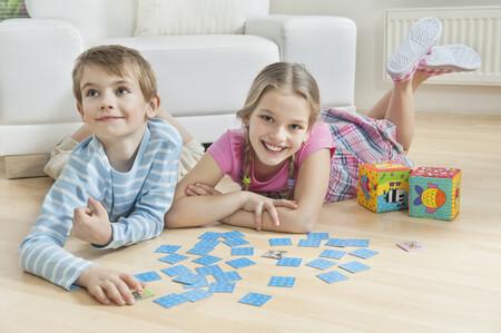 Crece el tiempo de juego y el uso de pantallas y desciende la actividad física: así está afectando la pandemia al ocio infantil