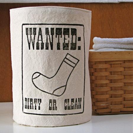 El cesto de los calcetines solitarios