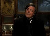 [Vídeo] House y el hermano de Sherlock Holmes imitando a Uri Geller, el doblador de cucharas