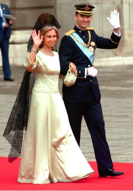 La reina Doña Sofía en la boda de S.A.R los Príncipes de Asturias