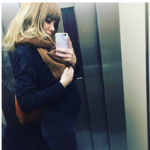 """""""Autorretrato en ascensor con embrión con corazón parado"""". El mensaje de Paula Bonet que da visibilidad a las pérdidas gestacionales"""