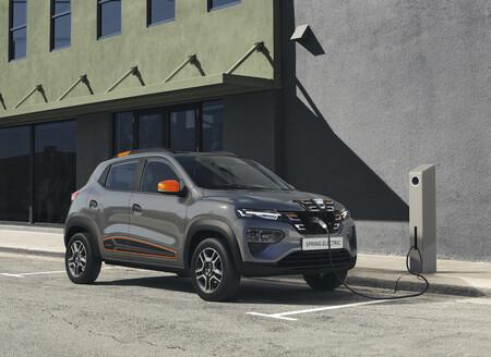 El Dacia Spring ya tiene precio oficial en España: el coche eléctrico parte de los 16.548 euros y ya se puede reservar