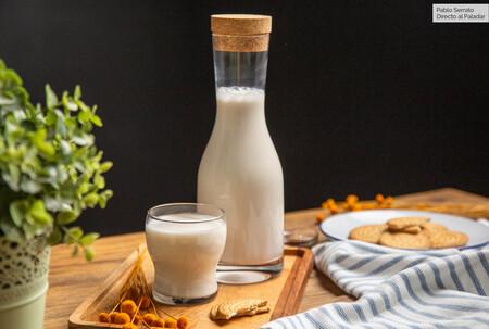 Cómo hacer leche (o bebida) de almendra casera en menos de 10 minutos