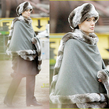 El look invernal de Angelina Jolie