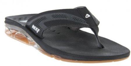 Las chanclas Reef XS1 mantienen tus pies secos