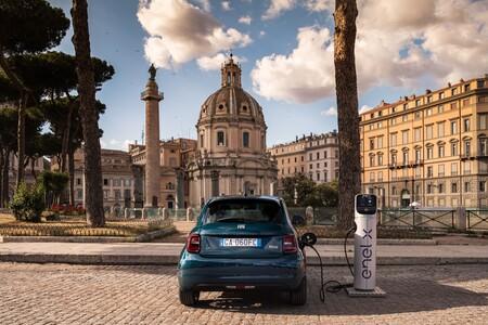 Coche del Año 2021, los 29 candidatos definitivos: Fiat 500e
