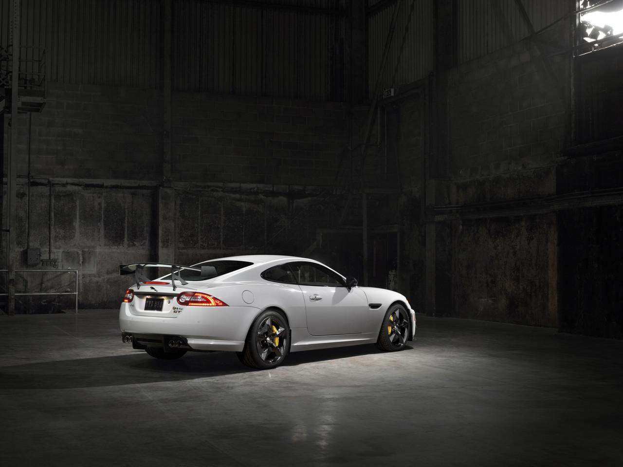 Foto de Jaguar XKR-S GT (1/20)