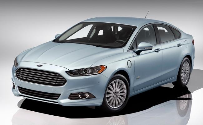 Ford Fusion Energi Coche Conectado del Año CES 2013