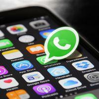Facebook está trabajando para que los usuarios de WhatsApp, Instagram y Messenger se manden mensajes entre ellos, según NYT