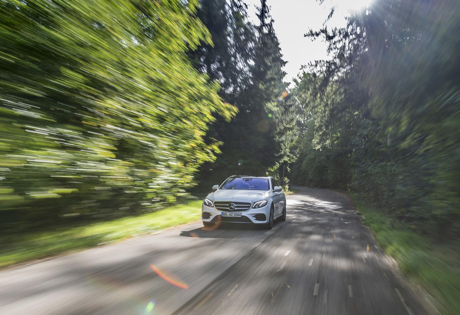 Foto de Mercedes-Benz E 300 de (presentación) (22/47)