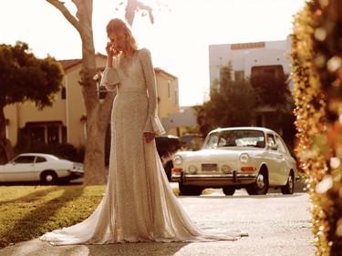 ¿Eres una novia soñadora que no ha encontrado (todavía) su vestido? Free People llega para ayudarte