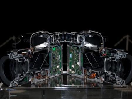 Admira el interior de la Pentax 645D sin destriparla