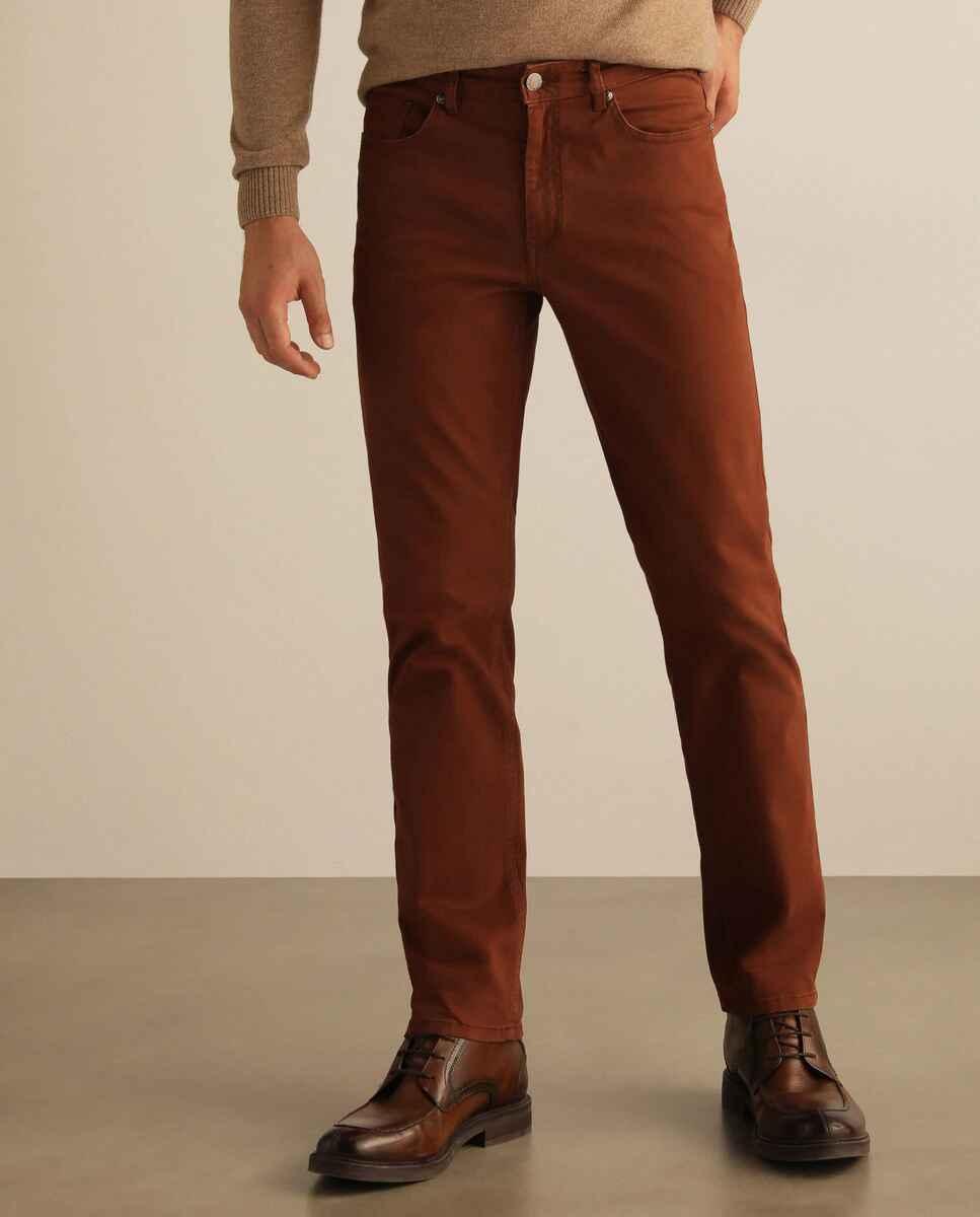 Pantalón cinco bolsillos de hombre naranja