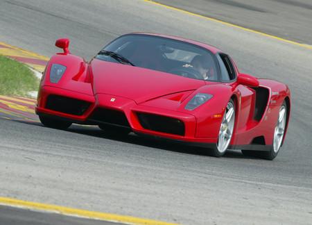 Ferrari Enzo 2002 1600 04