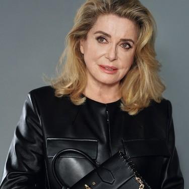 El feminismo francés se rebela contra Catherine Deneuve, y se pide a Louis Vuitton que tome medidas contra ella