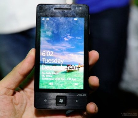 Asus E600 con Windows Phone 7 cazado en vídeo