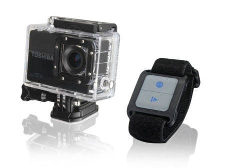 Toshiba Camileo X-Sport, nueva cámara para aventureros que se controla con una pulsera