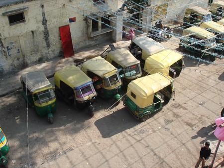 Auto Rickshaw 210709 960 720