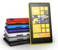Nokia Lumia 820, gama media en Windows Phone 8 y carcasas intercambiables