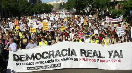 ¿Cómo se han organizado tan bien los españoles para fraguar el 15M?