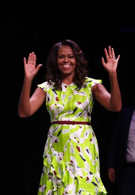 Michelle Obama Gira Libro1